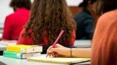 Öğrencilere Burs Veren Hayırsever Ünlüler ve Zenginler